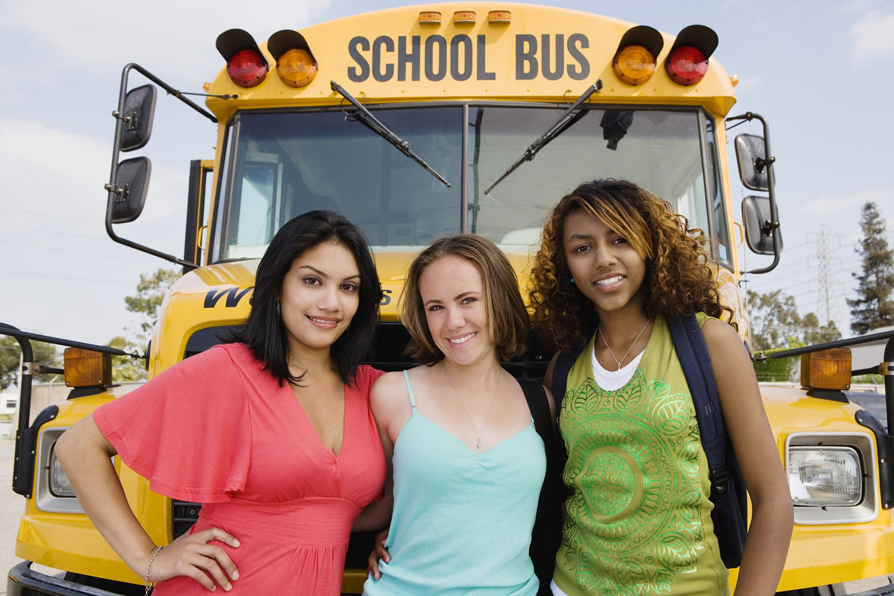 chick-young-teen-and-bus-driver-mobile-porn